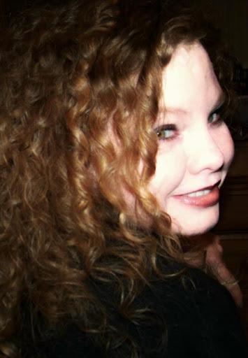 Tracy Oates Photo 10