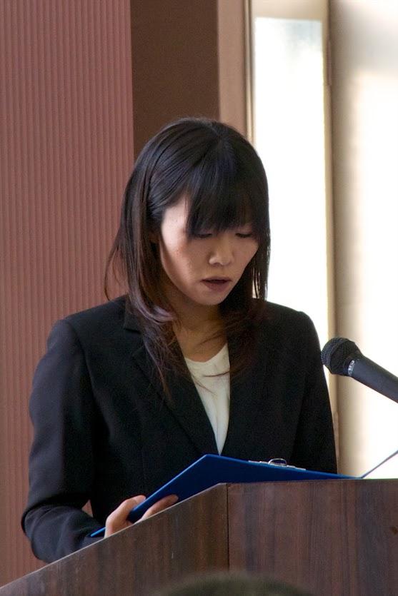 高井千里さんによる祝電披露
