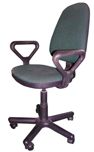 una buena silla para prevenir dolores de espalda cuando