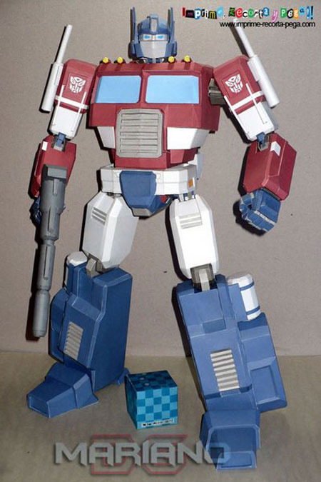 Transformers G1 Optimus Prime Papercraft