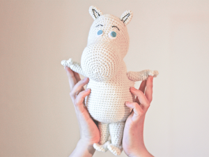 Moomin free amigurumi pattern. Easy to crochet.