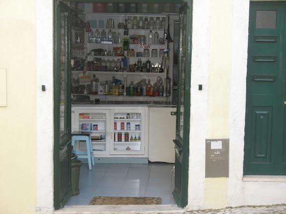 Tienda en Alfama.-Lisboa