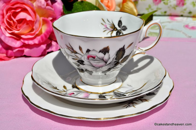 Royal Albert Queen's Messenger Vintage China Teacup Trio