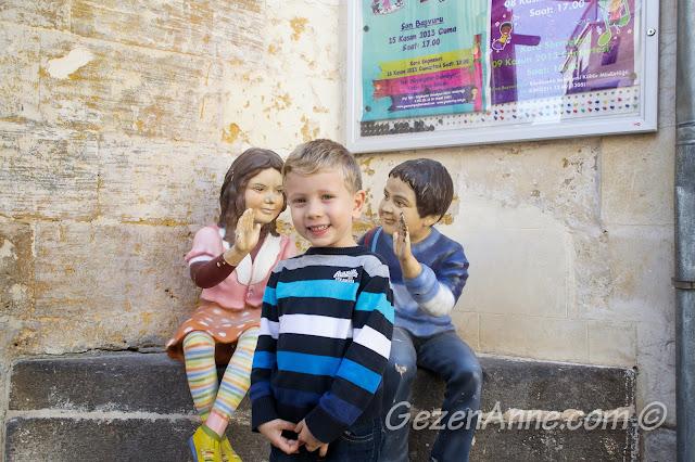 Oyuncak müzesi önünde, Gaziantep