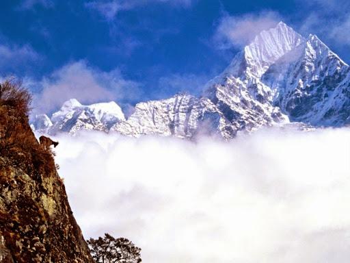 Mount Thamserku, Nepal.jpg