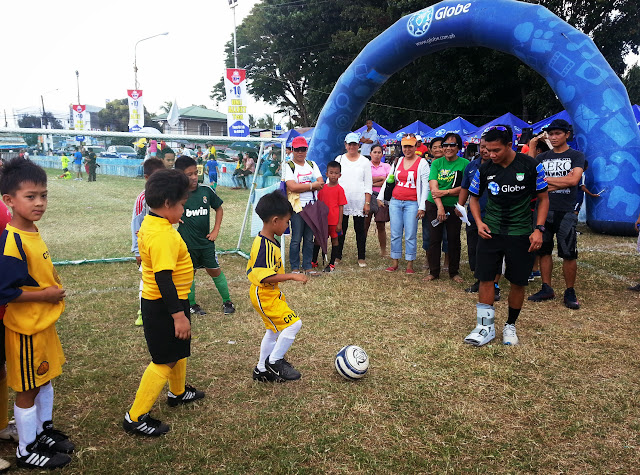 Globe football clinic in Iloilo