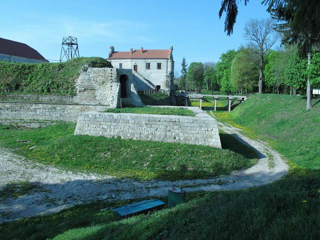 Замок садо мазо смотреть фото 786-831
