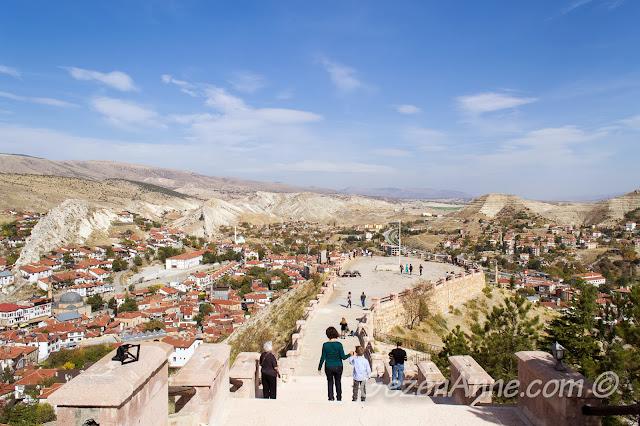 Ankara Beypazarı'nda Hıdırlık Tepesi ve Beypazarı manzarası