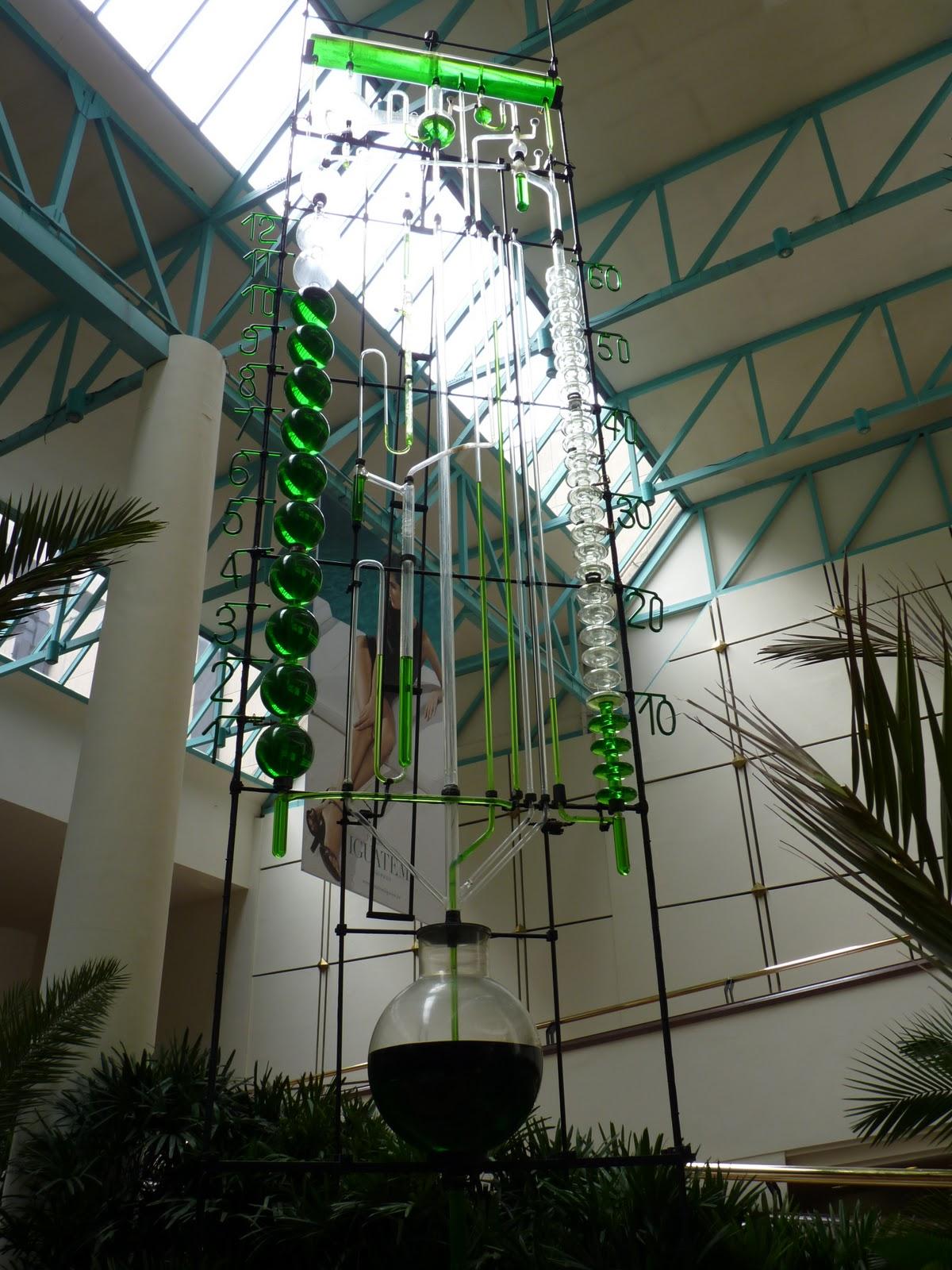 0ee9f6c3854 Bazzinga!  Relógio d água é atração em shopping de São Paulo
