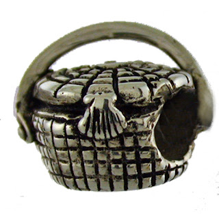 Nantucket basket exclusive bead