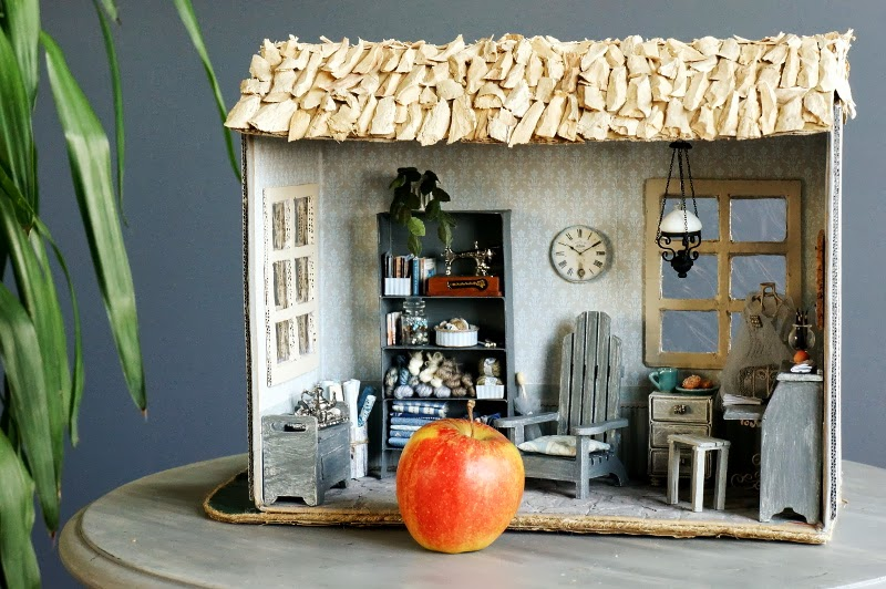 Miniature craft cottage