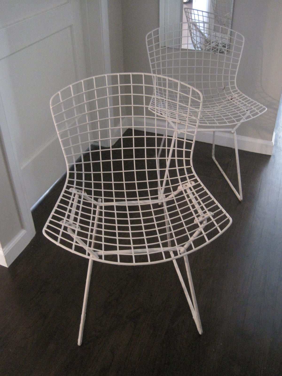 Rhan vintage mid century modern blog monday finds bertoia side chairs and - Bertoia coffee table ...