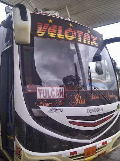 autocarro tulcan