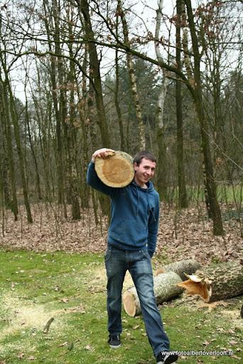 houthakkersmeewerkdag overloon 3-03-2012 (32).JPG