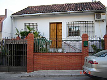Venta de casa en dos hermanas pueblo barriada santa for Inmobiliaria 2 hermanas