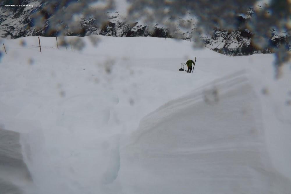 Avalanche Haute Maurienne, secteur Pointe d'Andagne, Bord de piste des 3000 - Photo 1 - © Duclos Alain
