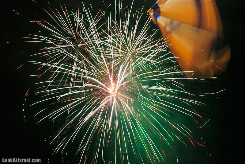 Салют 65 (israel  тель авив праздник площадь Рабина  20130415 ta fireworks 001 5D3 2152)
