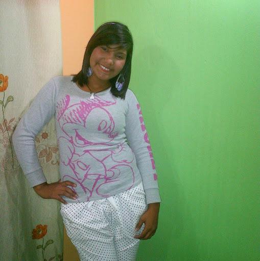 Rebeca Oropeza Photo 8