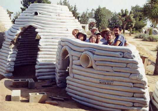 Domos – Las casas del futuro-Pasos para construir una casa con sacos ...