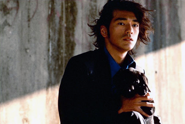 Kaneshiro Takeshi and a dog 2