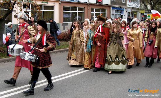 gdańskie szkoły na paradzie niepodległości