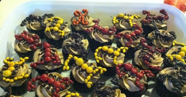 Scorpion Cupcakes For A 9year Old Girl Simplicity