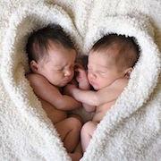 К чему снится родить двойню?