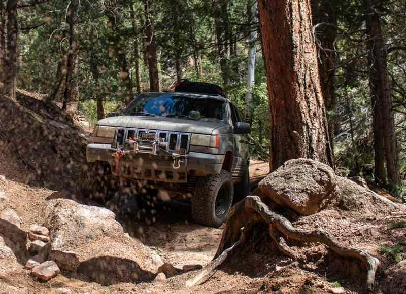 Essential Off-Road Jeep Cherokee Accessories Everyone Should Have
