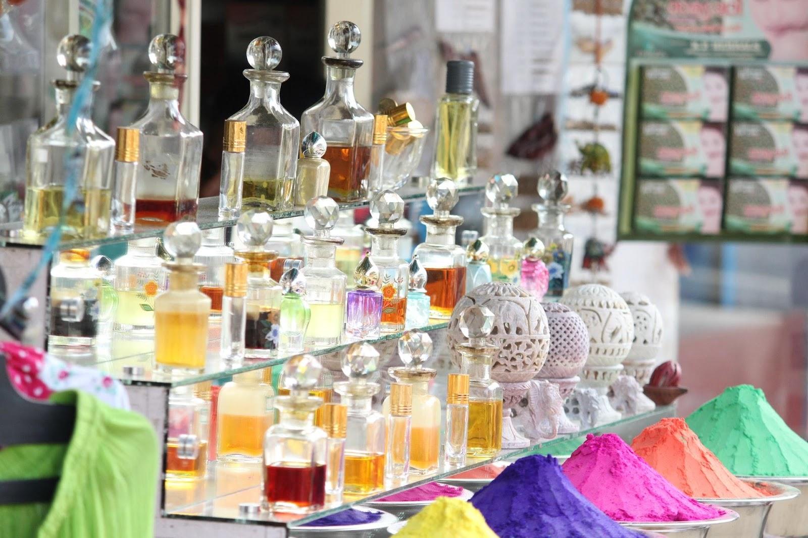 Ingredients For A Romantic Perfume.jpg