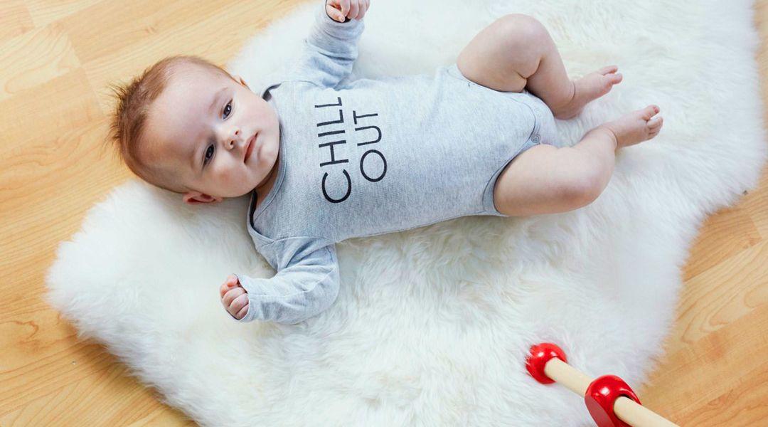 Áo liền quần: Chọn mua bộ bodysuit cho trẻ sơ sinh