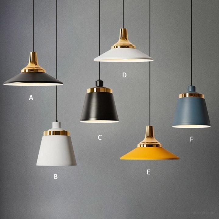 Đèn với nhiều phong cách thiết kế khác nhau đem đến sự hoàn thiện cho không gian phòng khách
