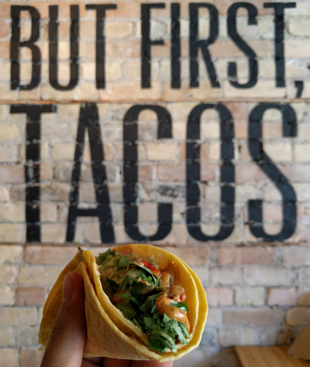 dos tacos image