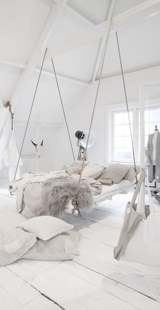 Boho White Bedroom Style for Free-Spirit Adults