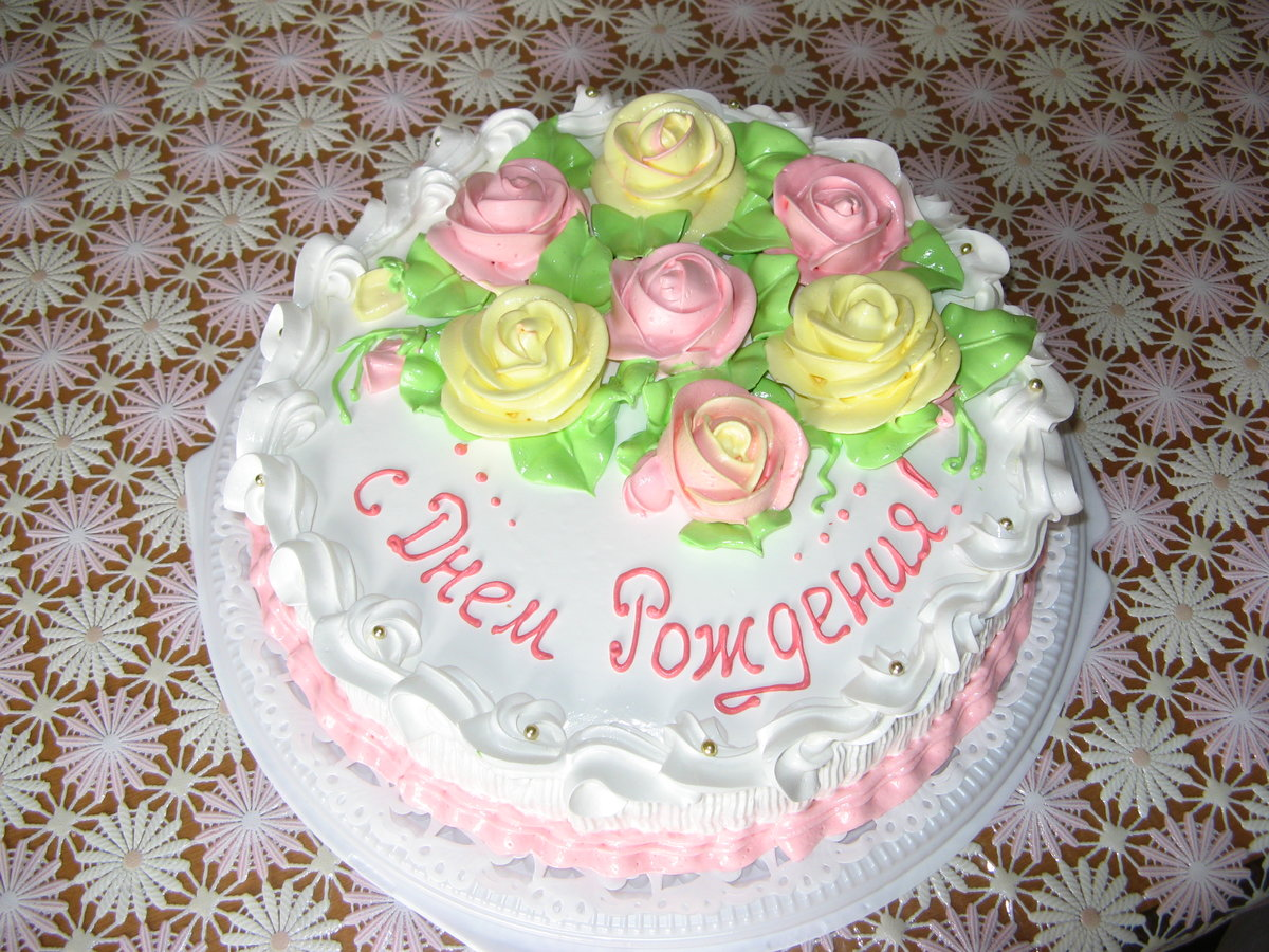 чем можно написать на торте