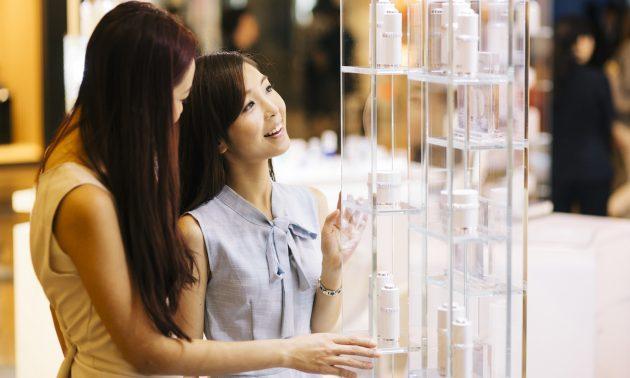 Kết quả hình ảnh cho Chinese teens' shopping behaviour towards luxury goods