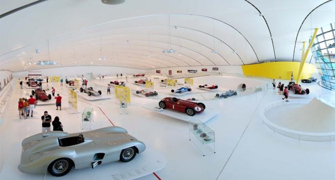 grand-prix-ausstellung-im-museo-casa-enzo-ferrari-2.jpg