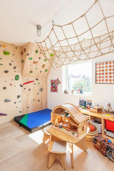 A Bedroom as a Playroom