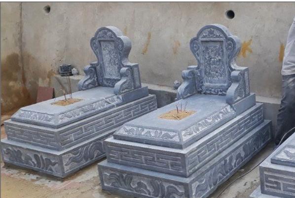 Thiết kế lăng mộ bằng đá xanh khối là sự lựa chọn của rất nhiều các gia đình