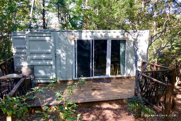 Help the Earth: 21+ Amazing Upcycled Accommodations