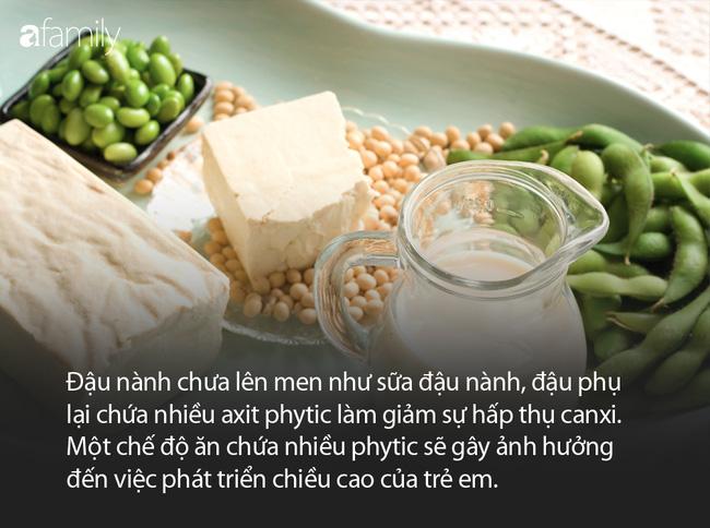 5 loại thực phẩm kìm hãm sự phát triển chiều cao của trẻ mà cha mẹ nên hạn chế cho con ăn tối đa theo lời khuyên của các chuyên gia - Ảnh 3.