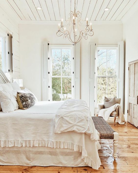 White Bedroom Artificial Candles Chandelier