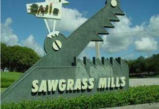 http://www.guiamaismiami.com/wp-content/uploads/2011/09/Sawgrass-Mall.jpg