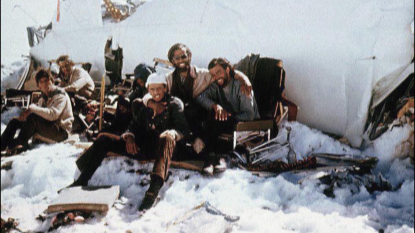 Survivor Roberto Canessa relives 1972 plane crash in the Andes ...