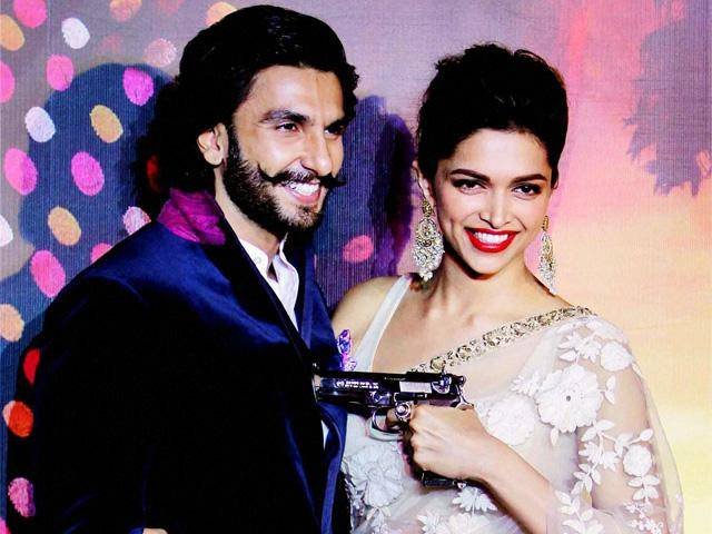 #2. Ranveer and Deepika during 'RamLeela'.