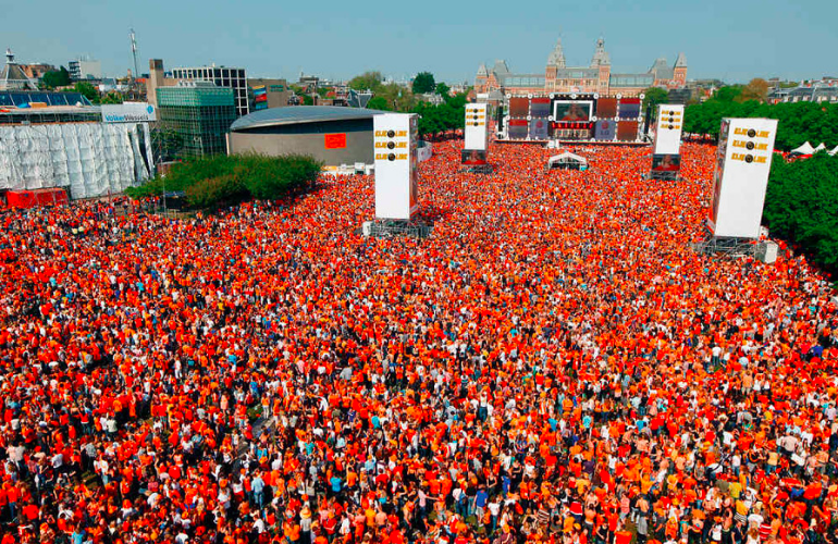 Kingsday parking