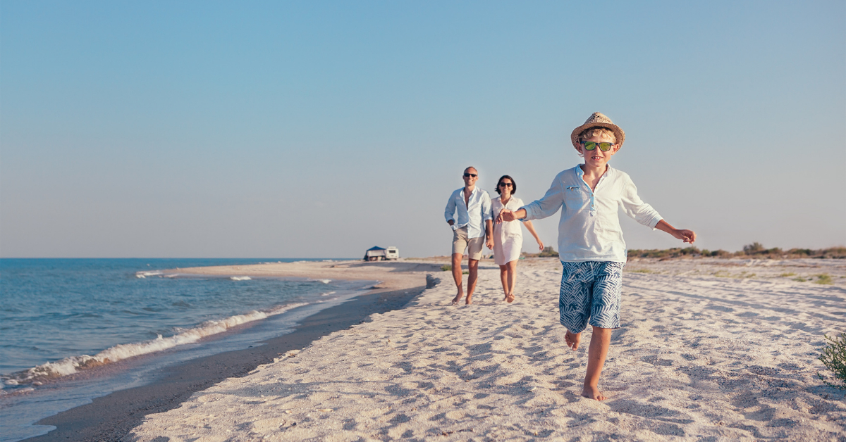 Traveling with children to the beach