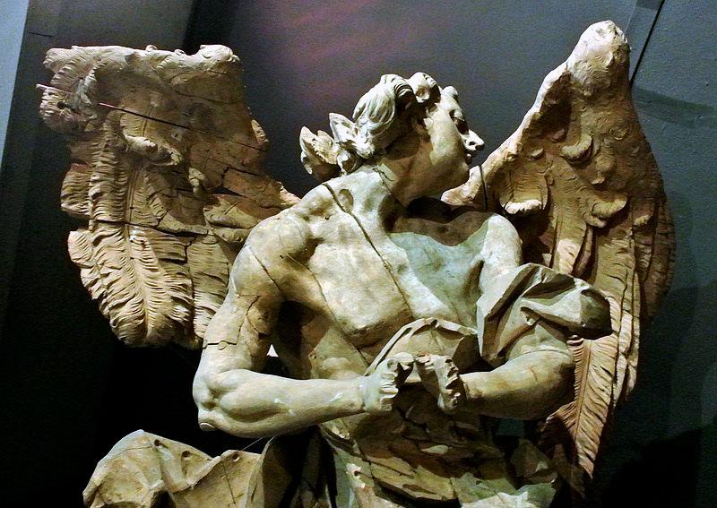 """Этот ангел работы Пинзеля чудом избежал топки котельной """"тракторного ПТУ"""""""