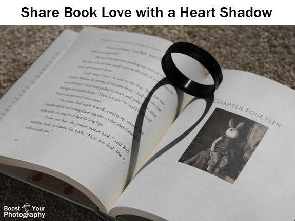 سایه قلب روی کتاب