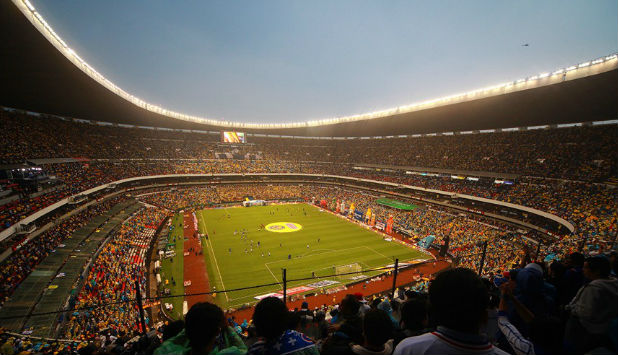 Estadio Azteca on Gameday | Image courtesy of Wikipedia