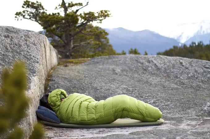 เคล็ดลับการดูแลรักษาถุงนอน
